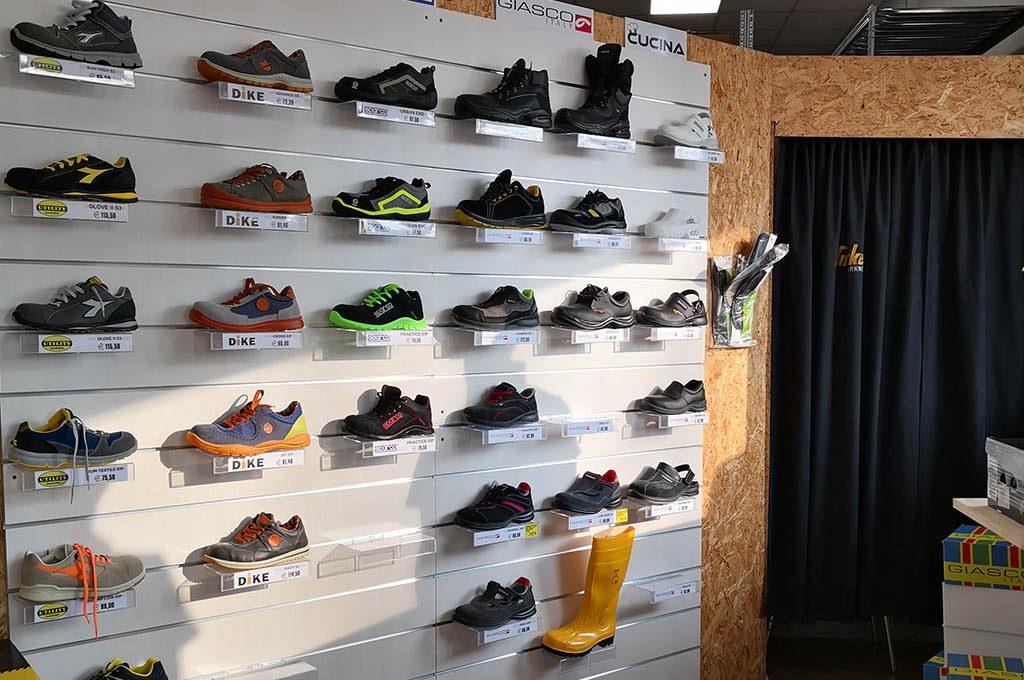 Calzature e scarpe antinfortunistica a Padova